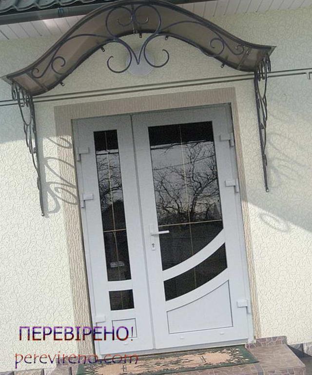 пластикові двері фото
